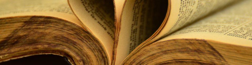 book-900386_1920